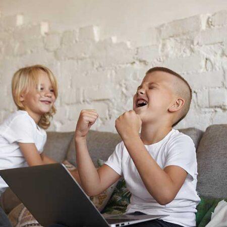Problemas visuales en los jóvenes | Tienda online de gafas de vista